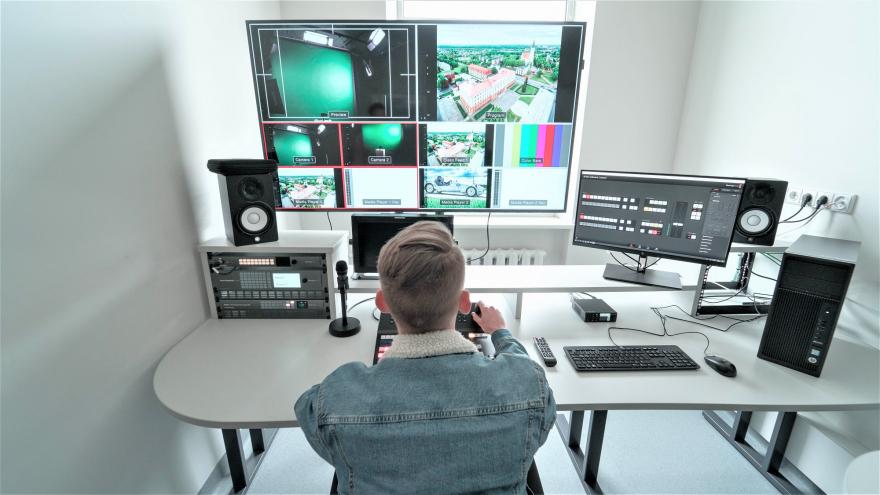 Prisiminkime apgintus Multimedijų technologijų studijų programos baigiamuosius projektus